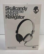 Skullcandy Navigator On-ear Headphone with Mic3 in White - New