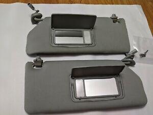 2005-2010 Honda Odyssey Sun Visor Set with Lighted Mirrors Gray with Visor Clips