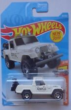 2019 Hot Wheels HW HOT TRUCKS 2/10 '67 Jeepster Commando 84/250
