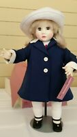 """1977 Suzanne Gibson Alexandra doll #2426 Reeves International 22"""" w box, stand"""
