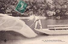 LA VARENNE-CHENNEVIERES 116 la pêche à l'épervier à l'île d'amour timbrée