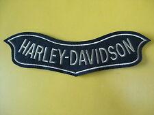 TOPPA piccola ricamata HARLEY DAVIDSON cm 14 x 4,5 PATCH ricamo STICKEREI