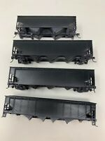 HO scale UNDECORATED Black 3 Bay And 2 car train Painted Weathered Lot Of 4 N4