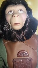 1999 Planet of the Apes Action Figure Zira Doll rotating stand Vintage New