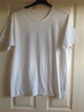 Uniqlo White T-Shirt size Large