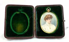 STUNNING VICTORIAN CASED MINIATURE PAINTING IN 9ct GOLD FRAME