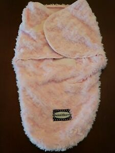 Blankets & Beyond Baby Swaddle Blanket Pink 0-3 Months Nursery Infant Wrap Pink