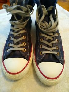 Mens Converse, Size 9, Distressed