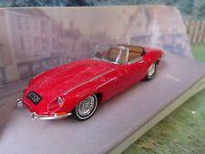 1/43 MATCHBOX DINKY DY-18  Jaguar E 1968