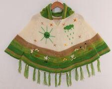 Kinder Poncho m.Ärmel+Fransen, weiß+grün -A, Gr. 92*98, Inden Inka Peru Sonne