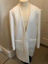 ZARA abrigo de color blanco con bolsillos de tamaño medio (BNWT)
