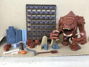 LEGO ® Star Wars Rancor & verschiedene Einzelteile aus dem Set 75005 Rancor Pit