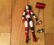 DC Collectibles HARLEY QUINN w/ROLLER SKATES ACTION FIGURE DC Comics