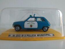 Antigua miniatura 1:43 Pilen M-293 Renault R5 Policía Municipal. Made in Spain.