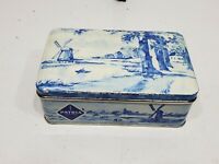 VINTAGE PATRIA BISCUITS DELFT WHITE BLUE WINDMILL PASTORAL DUTCH HINGED TIN CAN