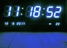 LED - Wanduhr mit Zahlen blau rechteckig digital Uhr Datum Temperatur Multi S