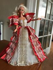 Mattell 1997 blonde Happy Holidays Barbie doll Club Members Only Collectionneurs