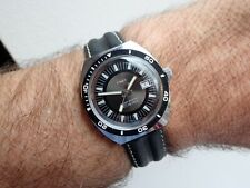 Timex 1971 25 Metres Divers Date MADE IN GREAT BRITAIN Rare Dial New Strap G/Con