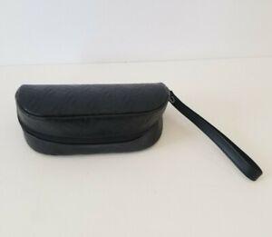 Oakley  Authentic eyeglass sunglass black soft leather zipper case wristlet