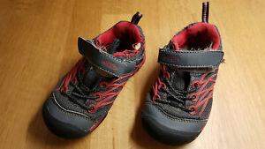 Schuhe Keen Gr. 25-26, rot, schwarz, Chandler