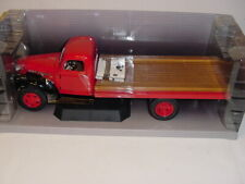 1/16 Highway 61 1941 Chevrolet IH Red Flatbed Truck NIB!