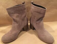 👢White Mountain Womens BOOTIE Bernata Pull On Ankle  Taupe Size 7.5 M US BOOTS