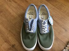 Vans new with tags UK 9 Ortholite