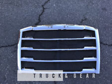 2018+ Freightliner Cascadia Grille Chrome WITH Bug Screen