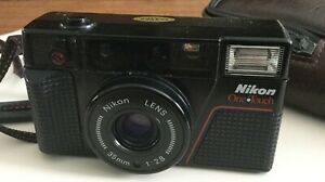 NIKON 35 MM ONE TOUCH POINT AND SHOOT CAMERA - JAPAN - GREAT CONDITION
