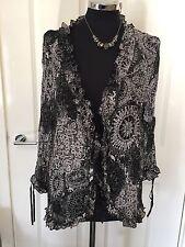 Ladies Black & White Crinkle Blouse Over-Jacket Size 20 SOON