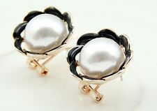 Vintage White pearl Stud earrings rose gold Plating Black and white plating