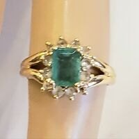 Estate 14kt Gold Emerald And Topaz Ringsize 4.75 signed T&C