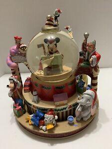 Disney Christmas Santa's Workshop Snowglobe. Mickey Goofy Damaged Good Condition