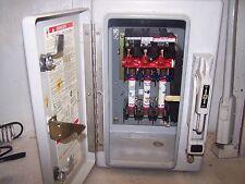 SQUARE D 30 AMP FUSIBLE SAFETY SWITCH FIBERGLASS NEMA TYPE 4x H361DF  600 VOLT