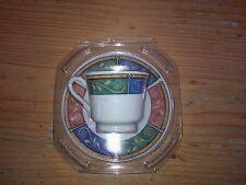 Espresso-Tasse 5,5 cm mit Unterteller weiß mit buntem Muster NEU und unbenutzt!