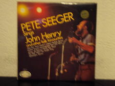 PETE SEEGER - John Henry and other folk favourites