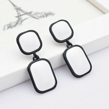 Boucles d`Oreilles Clips Argenté Noir Geometrique Carré Rectangle Noir Blanc J7
