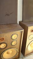 Vintage Sonic Bass Reflector Sonic Speakers 8 OHM Speakers (Pair) FREE local P/U