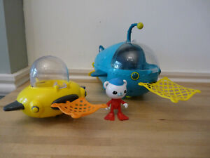 Octonauts bundle Gup A and Gup D with nets and Barnacles BATH TOYS
