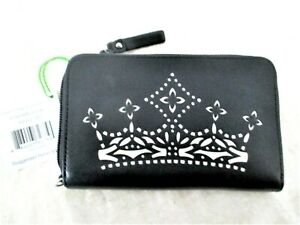 Vera Bradley Black Clutch Concerto Crown Laser Cut Zip Around Faux Leather As Is