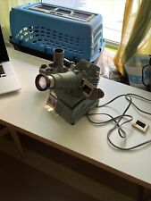 Gold E Manumatic Slide Projector with Slide Tray