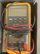Fluke 83 Multimeter With User's Manual And Box