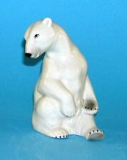 Figura De Porcelana Sentada Eisbär Wagner & Apel H17cm 9942086