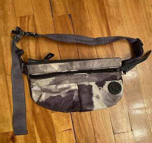 Lululemon Fanny pack waist pouch Bag