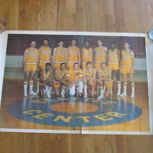 1970-71 SEATTLE SUPERSONICS TEAM POSTER-SUPER RARE
