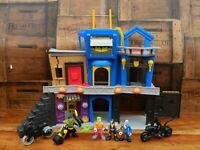 Imaginext DC Super Friends Gotham City Playset w/ Figures + Accessories