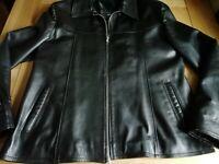 "Black Leather Italian Made 'Vera Pelle' Ladies Zip Up Jacket size XXL Bust 44"""