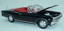 1967 Chevelle Convertible BLACK1:18 Auto World 1048