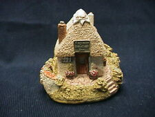 """1988 Lilliput Lane Cottage """"Smallest Inn"""" with box and deed"""