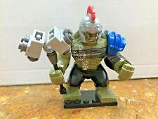 TYPE MINI FIGURINE LEGO HULK AVENGERS xxl TBE